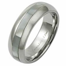 Stainless Steel Ring With Shell Around the Ring