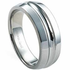 Beautiful Stainless Steel Ring w/ Center Groove