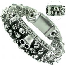 Stainless Steel Heavy Link W/ Skull Center Bar