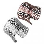 Beautiful Stainless Steel Bangle With Gorgeous Design!